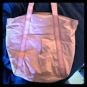 Lululemon should we bag in soft pink.